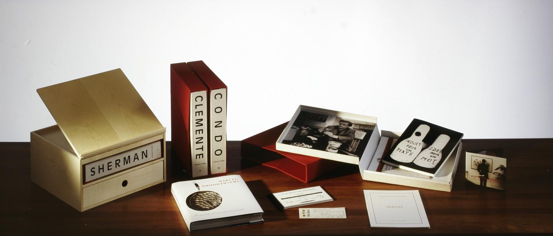 TINAIA9 Box Marcel Broothaers | TINAIA9 Kunstbuchverlag Florenz